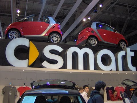 smart stand at Toronto Autoshow 2009