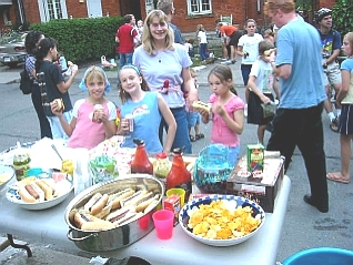 A little planning and a lot of generosity, and we were able to feed the multitudes. We donated leftover hotdogs to a neighbourhood school for its Meet the Teacher barbecue. (Photo Credit: Jen Dawson)